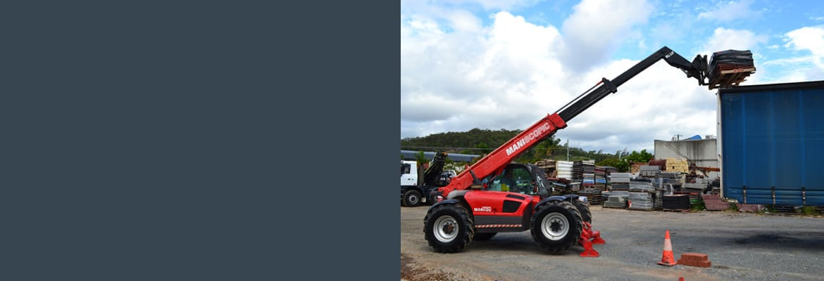 <div class='amgsld'><h4>MANITOU</h4> <p>To match daily handling requirements,<br /> the MT 1030 S offers 2 m forward reach